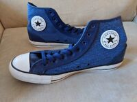 Men's blue converse, UK size 10, from America. Never worn, excellent condition.