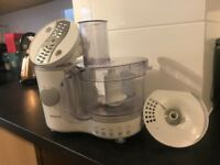 Small Kenwood food processor with parts