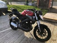 2015 (15) YAMAHA MT125 MT 125 RED AND BLACK LOW MILES HPI CLEAR