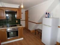 Studio flat in Collingdon Street, Town