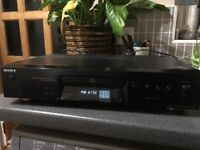 SONY CD deck, perfect working order, scratched and dented casing. FREE