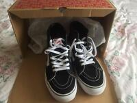 Gents vans size 8.5 new