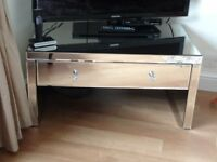 Stunning mirrored coffee table / tv unit with one drawer