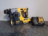 DeWALT DCH273 18V LI-ION XRP BRUSHLESS 3 Mode SDS + 1x4ah battery + charger,,,,,, makita
