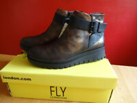 FLY LONDON ANKLE BOOTS - SIZE 5 - BRAND NEW IN BOX