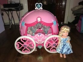 Cinderella carriage play room & doll