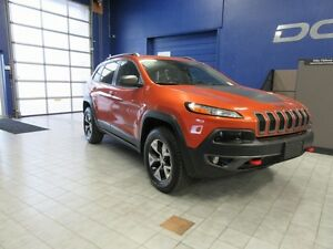 2016 Jeep Cherokee Trailhawk w/NAV,ROOF,OFF ROAD GROUP