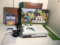Xbox one s 500gb White - minecraft, forza + charge and play (as new)