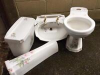 Bathroom suite floral