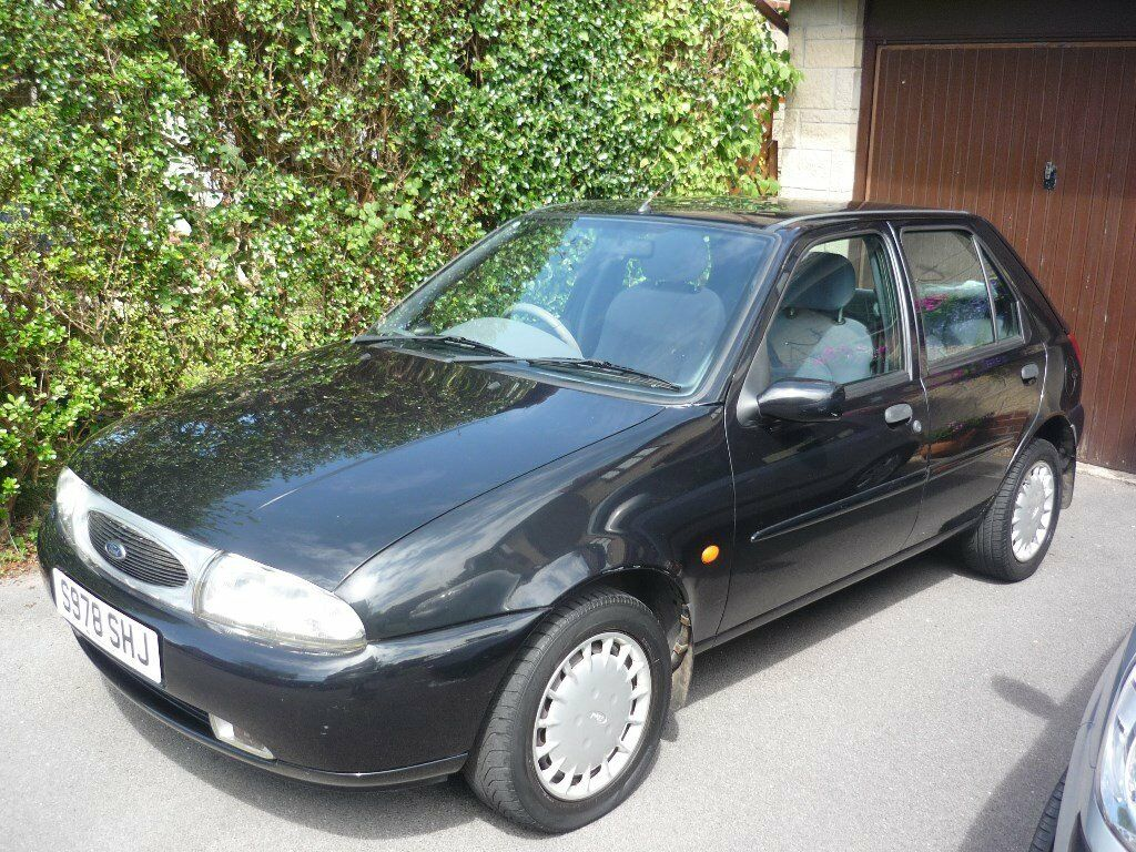 1998 s reg ford fiesta 1 4 zetec ghia 5dr manual 2 previous owners in thornbury bristol. Black Bedroom Furniture Sets. Home Design Ideas