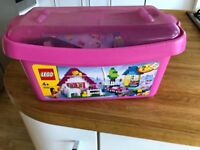 Classic Pink Tub Lego (4+) approx 400 pieces