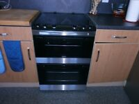 Zanussi Electric Cooker for Sale £200. 1 year old. Immaculate.
