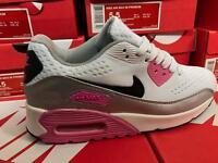 Women's Nike airs sizes 3/7 single bulk