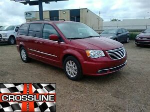 2016 Chrysler Town & Country $160 B/W - Touring