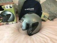 "Crash helmet , ""B-Square "" jet small 55-56 cms very little use"