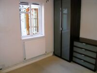 ALL BILLS INCLUDED !!! 1 Bed Flat in Beverley Avenue, Raynes Park, London. Available for viewing!!