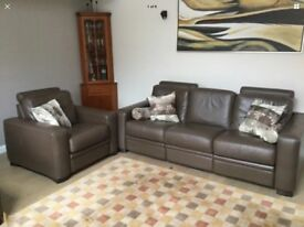 NATUZZI - Italian Designed - 3 Seat Sofa and Chair - Brown Leather - Reclining