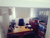 2 Office Rooms, Lobbey Area and Bathroom facility Available to Rent in Pollokshields, Glasgow