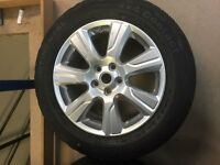BRAND NEW RANGE ROVER WHEEL AND TYRE FOR THE PRICE OF THE TYRE