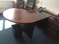 Curved Office Workstation