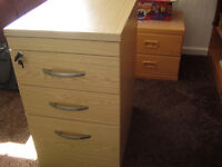 For sale drawer and filing combi.