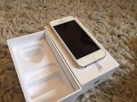 Iphone 5 White 32GB UNLOCKED