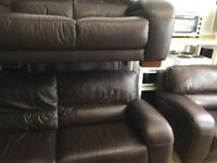 Ex gillies quality secondhand leather suites. Itlion highback suites from £445
