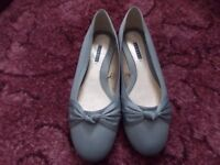 Ladies new flat shoes