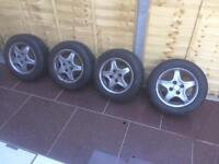 Almost new continental tyres 185/60/r14