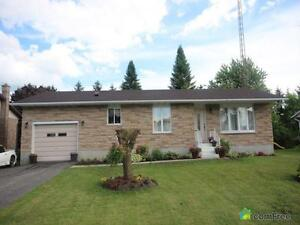 $269,500 - Bungalow for sale in Chesterville