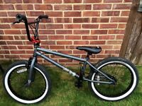 Mongoose legion l40 bmx bike
