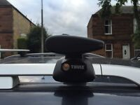 Thule roof rack system. Includes Thule rapid railing feet and wing bars 1500mm.