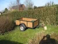 car trailor 5 x3 2 new tyers solid suspension been used to carry logs