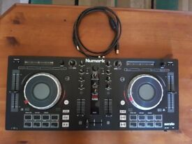 Numark dj controller. Excellent condition. Perfect working order