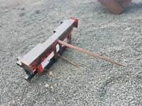Tractor front loader bale spike with euro 3 brackets