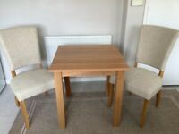 Hudson Oak Dinning table & Chairs