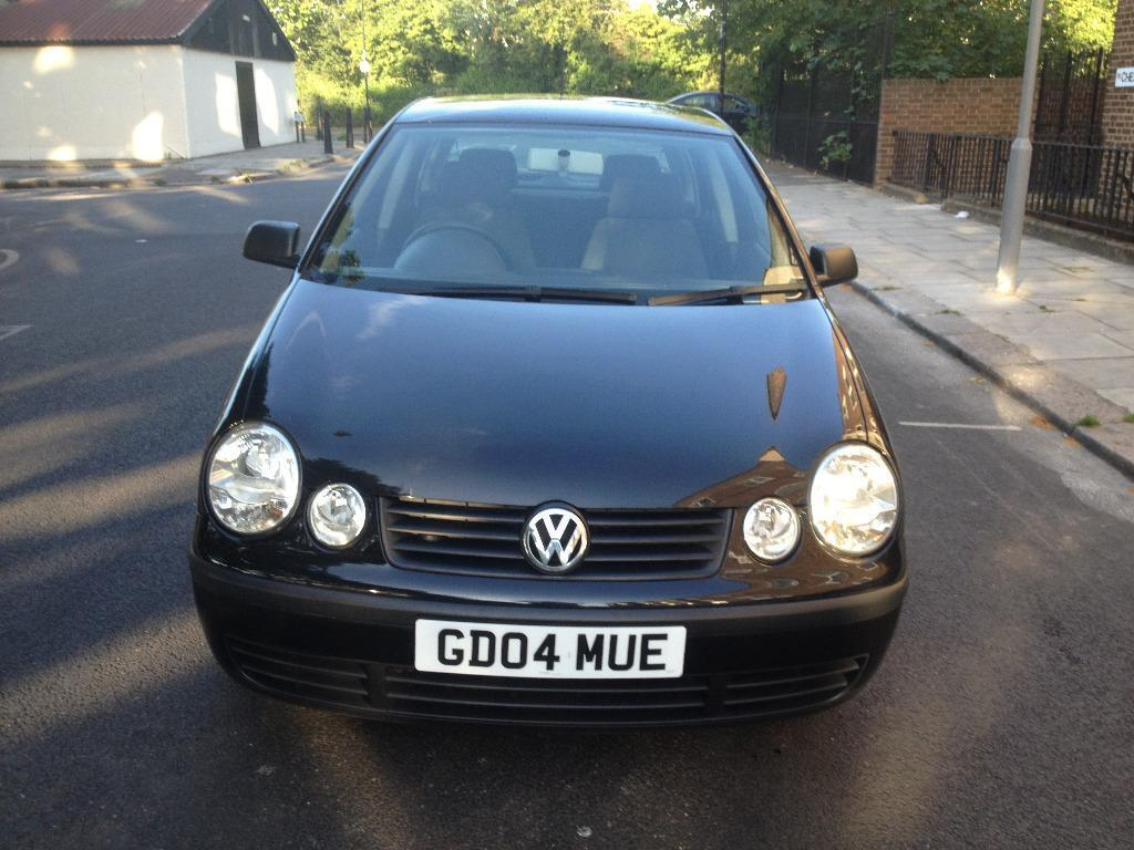 2004 volkswagen polo 1 2 black 5dr hatchback manual petrol mot aug2015 full service history. Black Bedroom Furniture Sets. Home Design Ideas