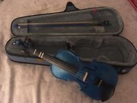 Child's 1/2 size violin in good condition