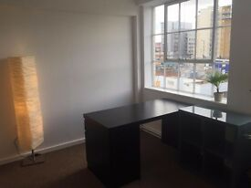Desk to rent in bright Hackney Wick office £165 per month ONO