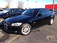 2011 BMW 323 LEATHER***SUNROOF***CLEAN CARPROOF**NON-SMOKER