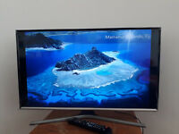 Samsung 32 Inch Smart Full HD LED TV in brand new condition with Stand and Remote
