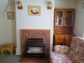 2 Bedroom Charming Cottage