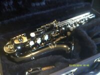 SOPRANO SAXOPHONE >> A CURLY BLACK & GOLD ONE , NEW with MOUTHPIECE & CASE, NEVER USED