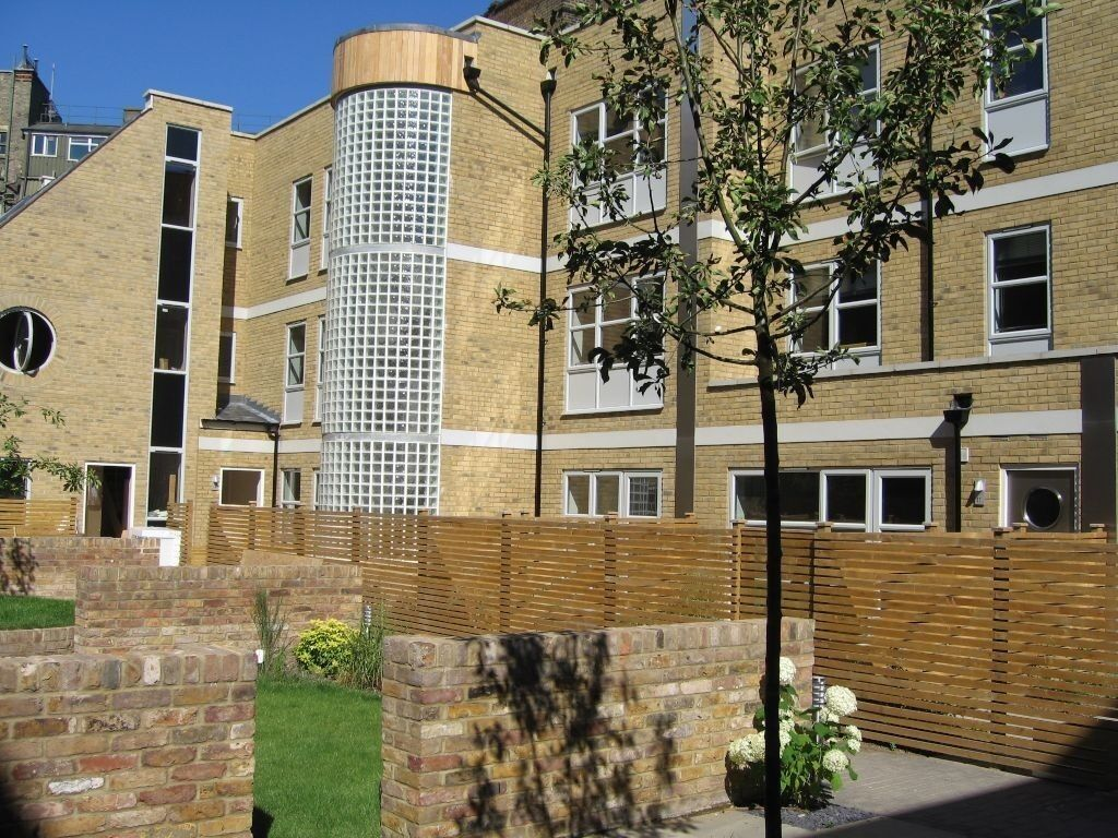 Modern And Spacious One Double Bedroom Property In A Private Gated Development. Available Now!