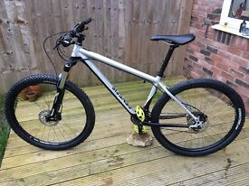 Genesis Core 30 2016 Mountain Bike (Medium)