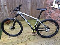 Genesis Core 30 2016 Mountain Bike (Medium)