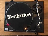 Technics 1210 Mk2 pro DJ turntable