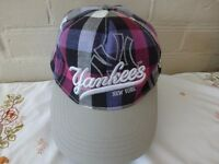 New York Yankees embroidered adjustable check baseball cap