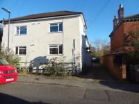 Studio Flat in Adelaide Road St Denys **Available Now** Parking comes with studio