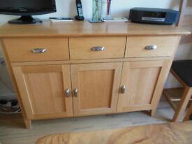 Oak Sideboard 3 drawers 3 cupboards